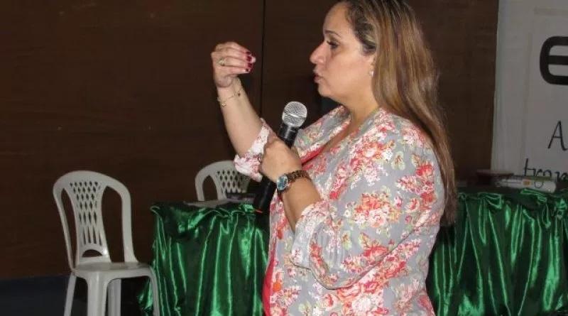 Profissionais de saúde participam de capacitação sobre leishmaniose