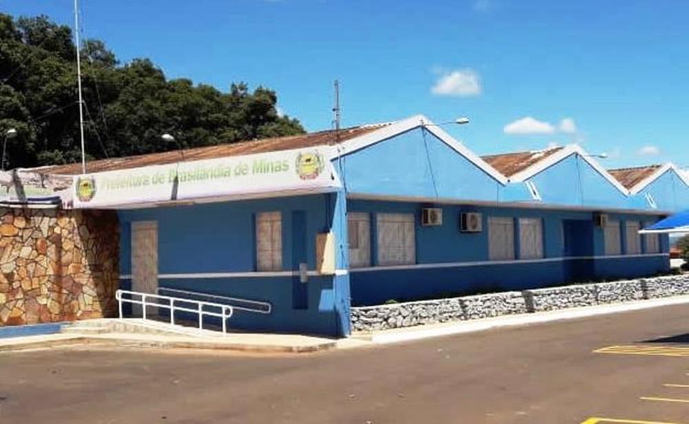 Prefeitura de Brasilândia de Minas e MPMG assinam acordo para controle da leishmaniose no município